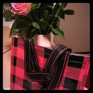 Handbags - Hot pink plaid insulated lunch bag tote
